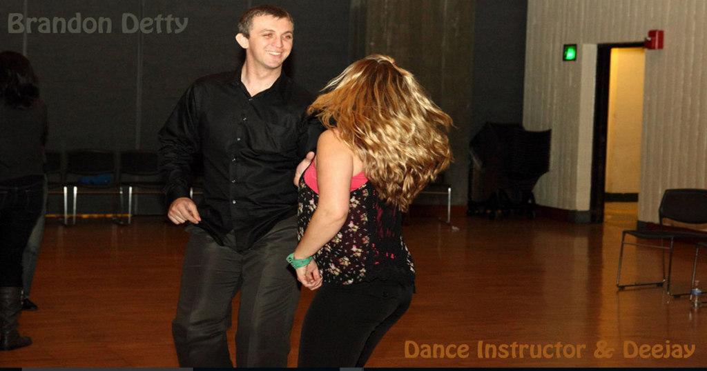 Dance resources - couple dancing swing