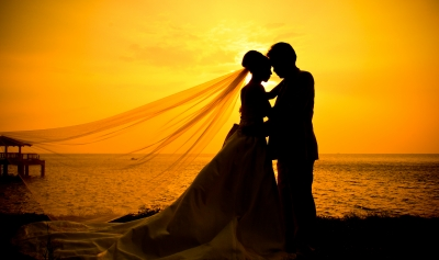 Wedding Dance Couple On Beach at Sunset