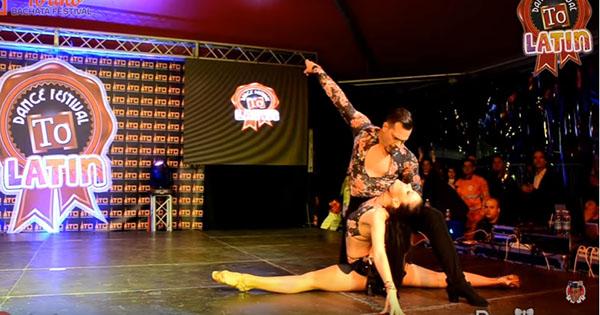Salsa Dancers Simone & Serena