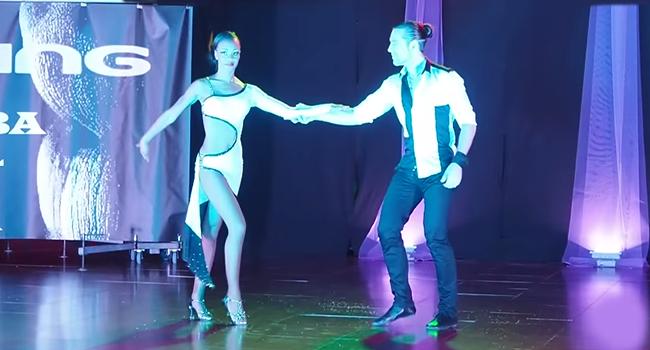 kizomba dancing by Felicien & Isabelle